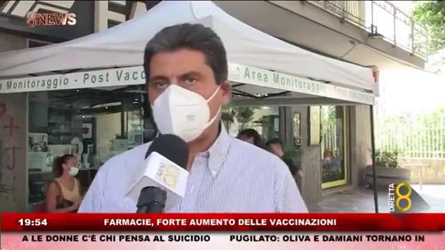 Boom di vaccinazioni al rientro dalle vacanze per le farmacie napoletane. A darne testimonianza i farmacisti delle Farmacie Internazionali che hanno attrezzato a giugno un HUB presso la sede di Via San Donato nel quartiere di Pianura.